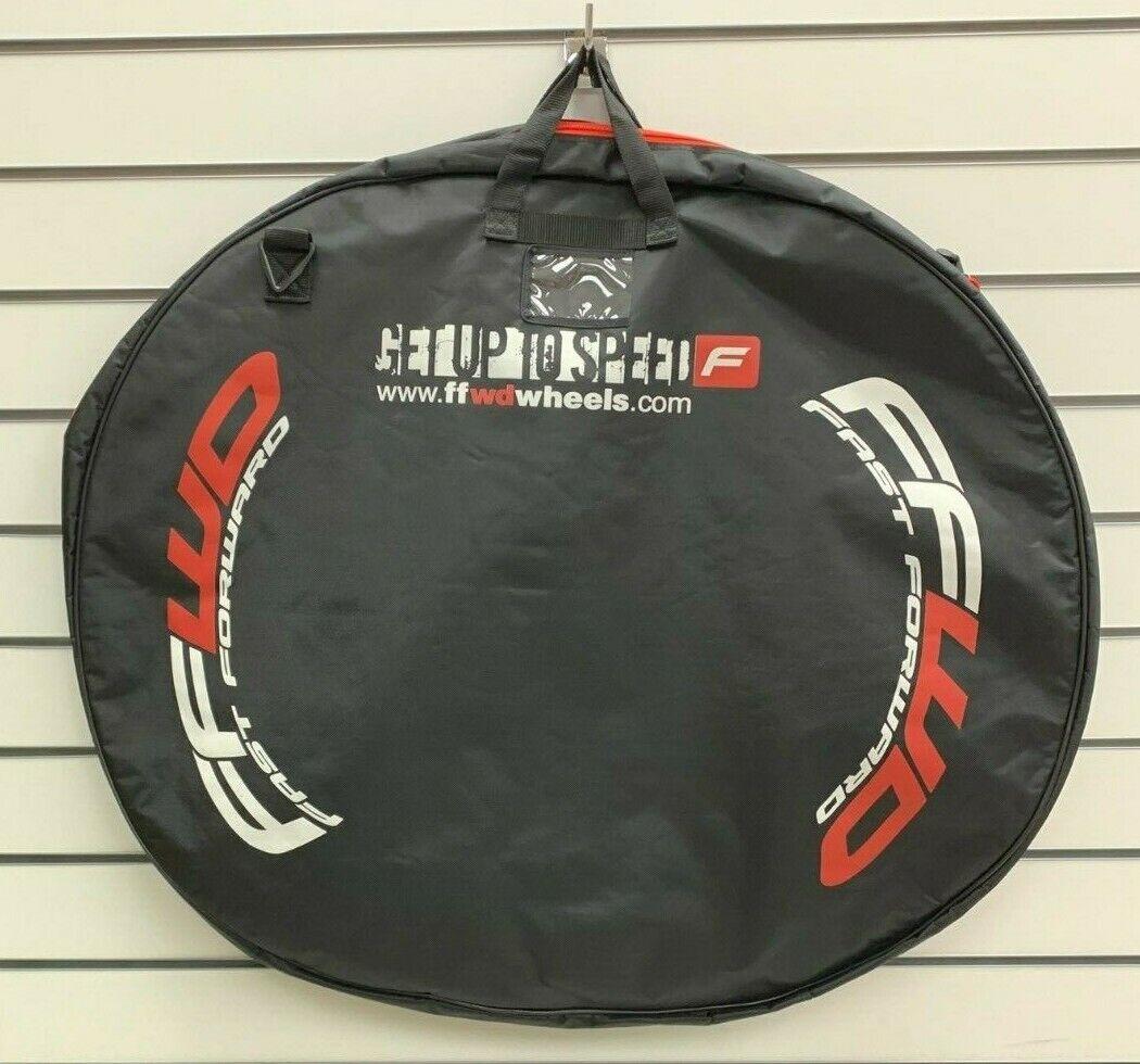 Doble Acolchado Bolso Negro FFWD de rueda para rueda 700c