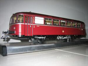 Maerklin-Huebner-3008-Schienenbus-VT-98-Motorwagen-digital-Sound-Neuzustand-OVP