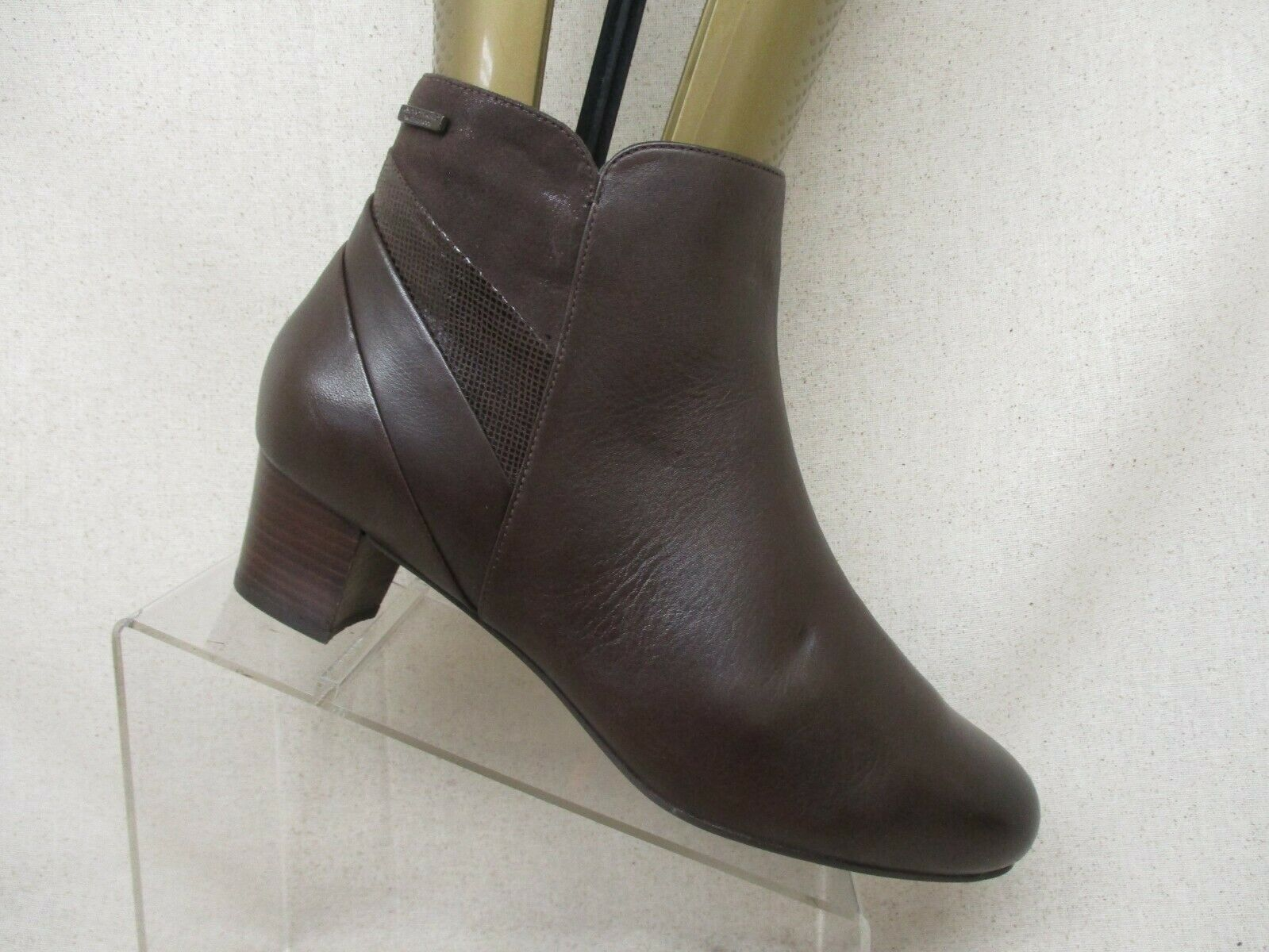 Rockport Brown Leather Side Zip Comfort Ankle Fashion Boots Bootie Size 11 M