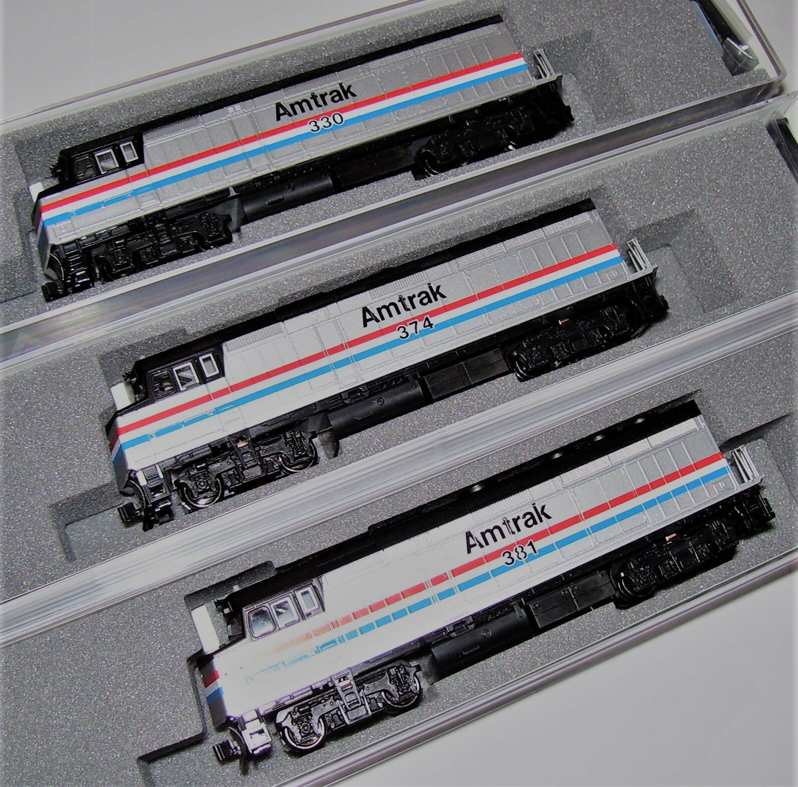 KATO 3 LOCO SET 1766105 + 1766106 + 1766107 N F40PH Amtrak Ph III 330/374/381
