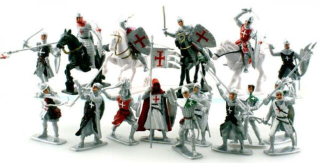 Plastic Toy Soldiers Templar Knights Crusaders 16 Painted Figures 3
