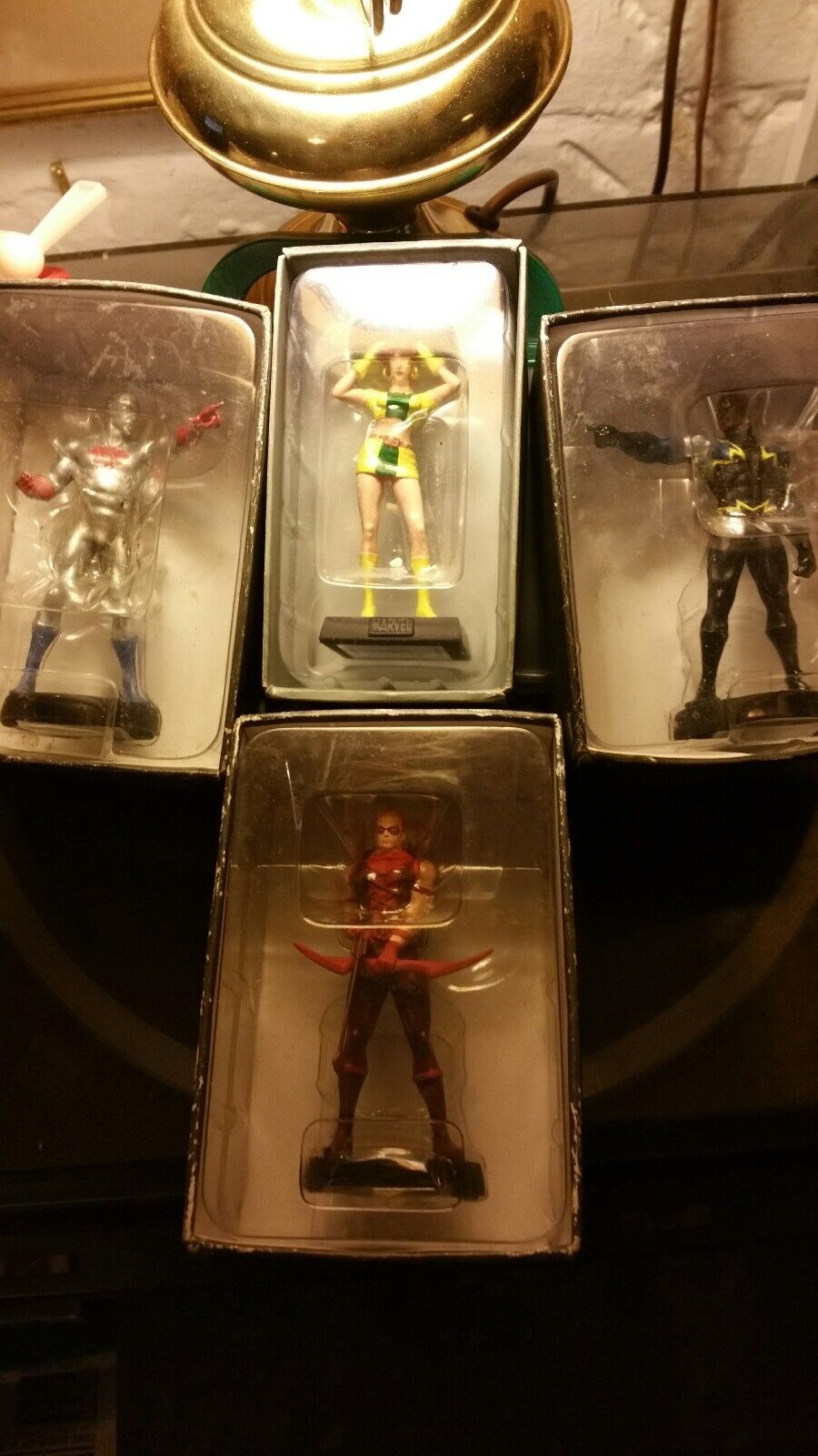 COLLECTION OF 4 CLASSIC DC FIGURINES  MARVEL GIRL BLK LIGHTNING RED ARROW  CAP