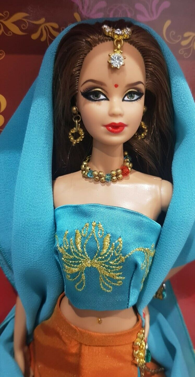 Barbie Bollywood Premier in Madrid 2016 LIMITED EDITION MFDS convention