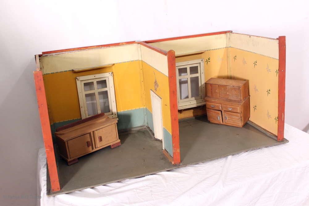 Sehr Große antike Puppenstube   Puppenhaus m. Möbeln   Puppenzimmer 2 Schränke