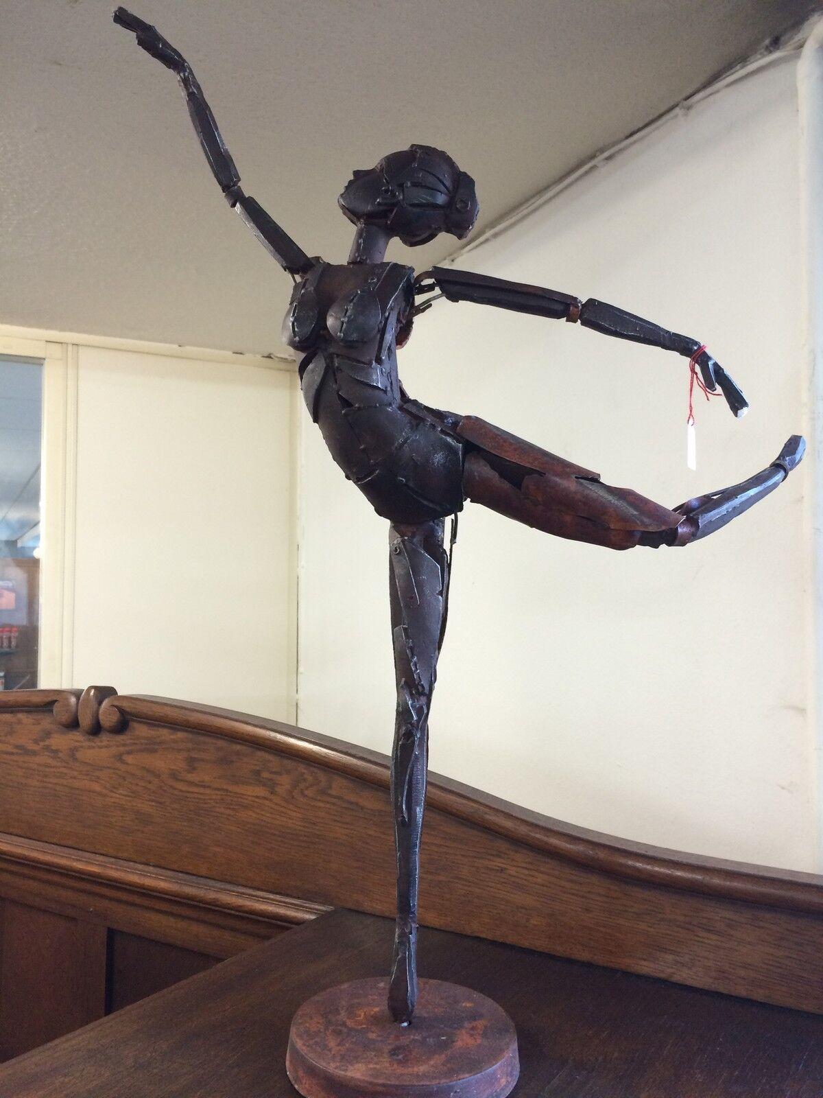 Ballerina Skulptur Figur aus Metall tanzend Tänzerin