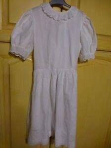 blanche robe fillette 8-10 cérémonie ,mariage etc,col claudine ,coton surbro dé