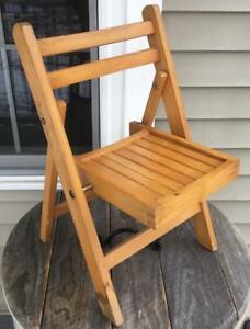 Astounding Details About Vintage Lobeco Childrens Slat Seat Wooden Folding Chair 21 Inches Tall Creativecarmelina Interior Chair Design Creativecarmelinacom