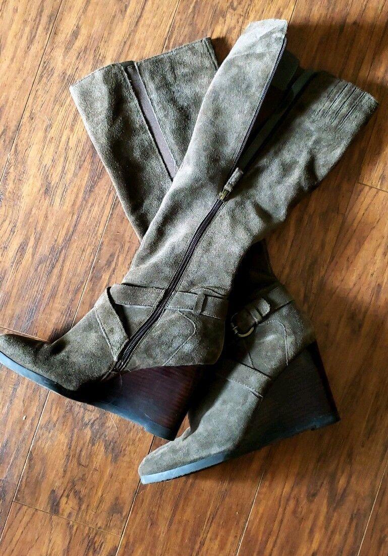 Franco Sarto Suede Boots 9