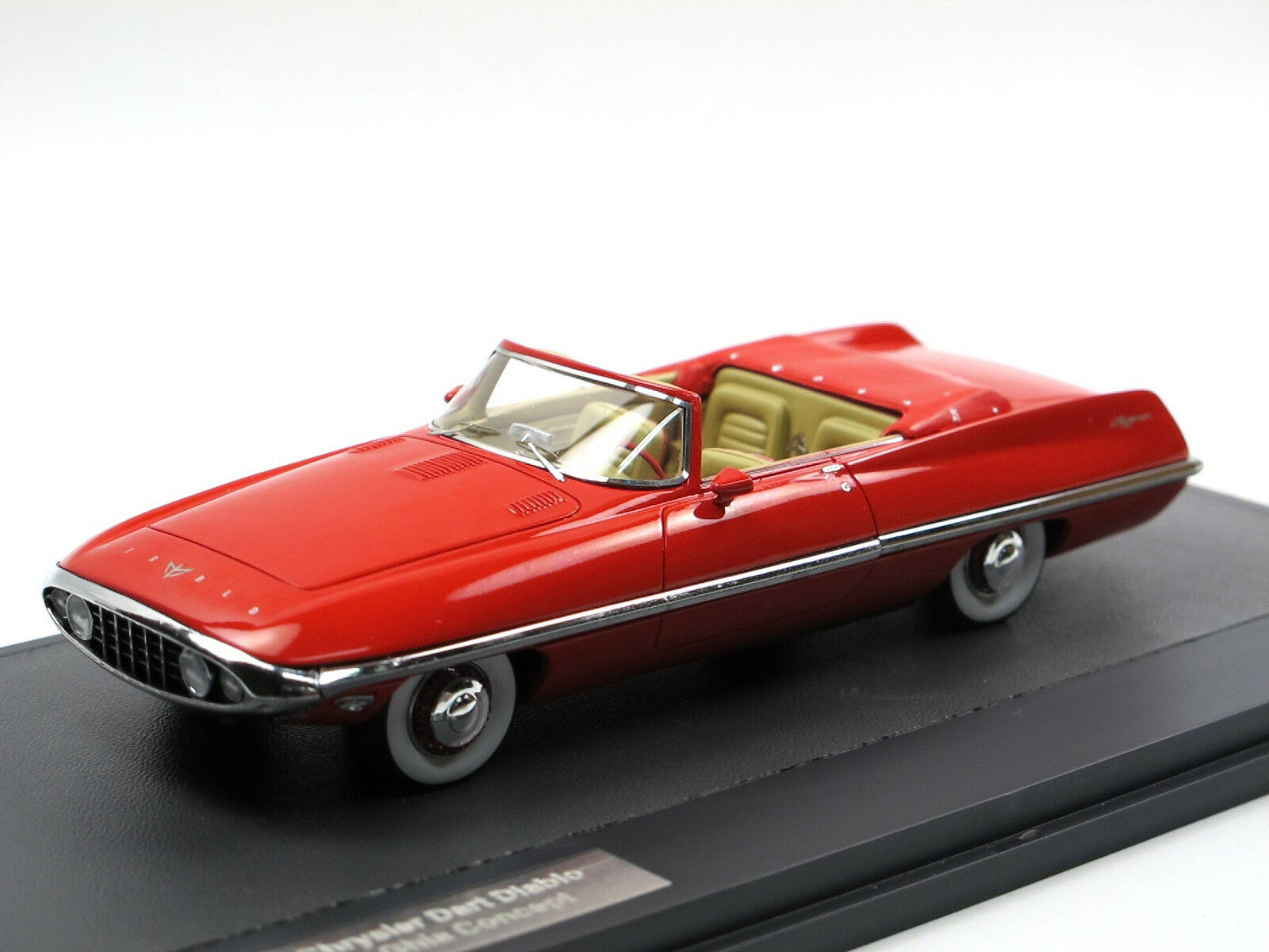 Matrix Scale Models - 1957 chrysler Dart diablo Exner Ghia concept 1 43 Limited