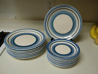 Gibson Housewares Stoneware Caramelo Blue 16 Piece Plate Set