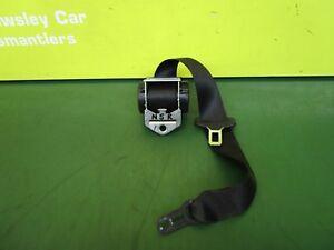 BMW-1-Series-e87-04-11-passenger-side-rear-seat-belt