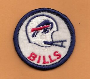 OLD-1970-039-s-BUFFALO-BILLS-2-BAR-WHITE-HELMET-2-inch-PATCH-Unsold-Unused-Stock