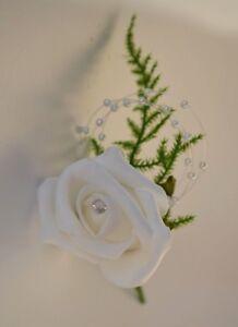 WHITE-039-CHAMPAGNE-FOAM-ROSE-039-amp-DIAMANTE-BUTTON-HOLE-CORSAGE-WEDDING-FLOWERS