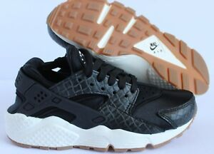 sports shoes 21c78 8fa77 NIKE WOMEN AIR HUARACHE RUN PRM PREMIUM BLACK-SAIL-GUM BROWN ...