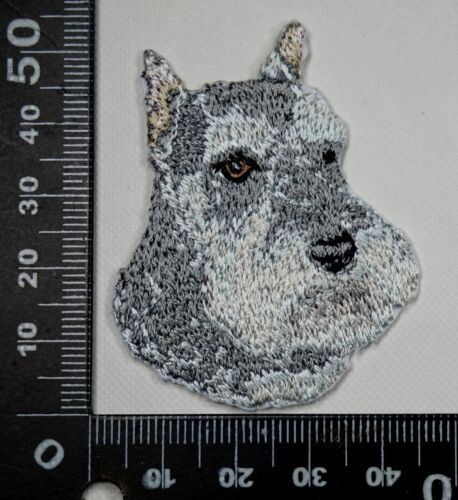 Schnauzer Embroidered Motif Iron//Sew On Patch Badge Dog Embroidery