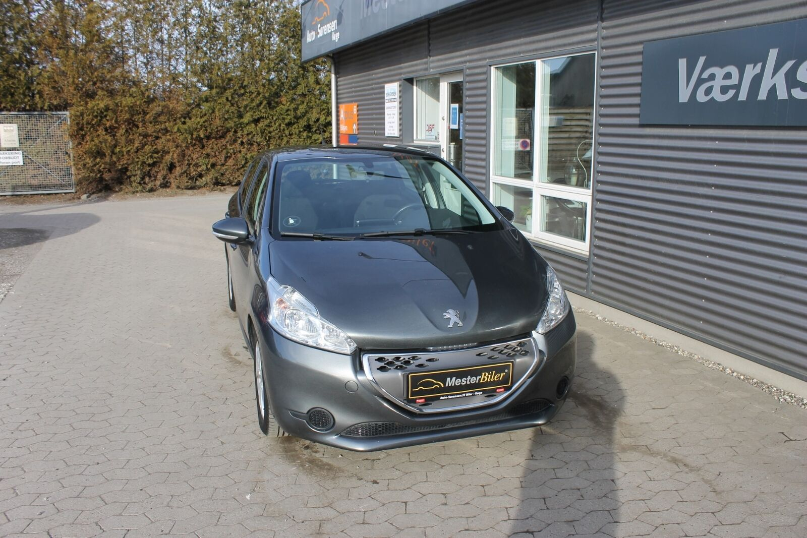 Peugeot 208 1,4 e-HDi 68 Active ESG 5d - 79.900 kr.