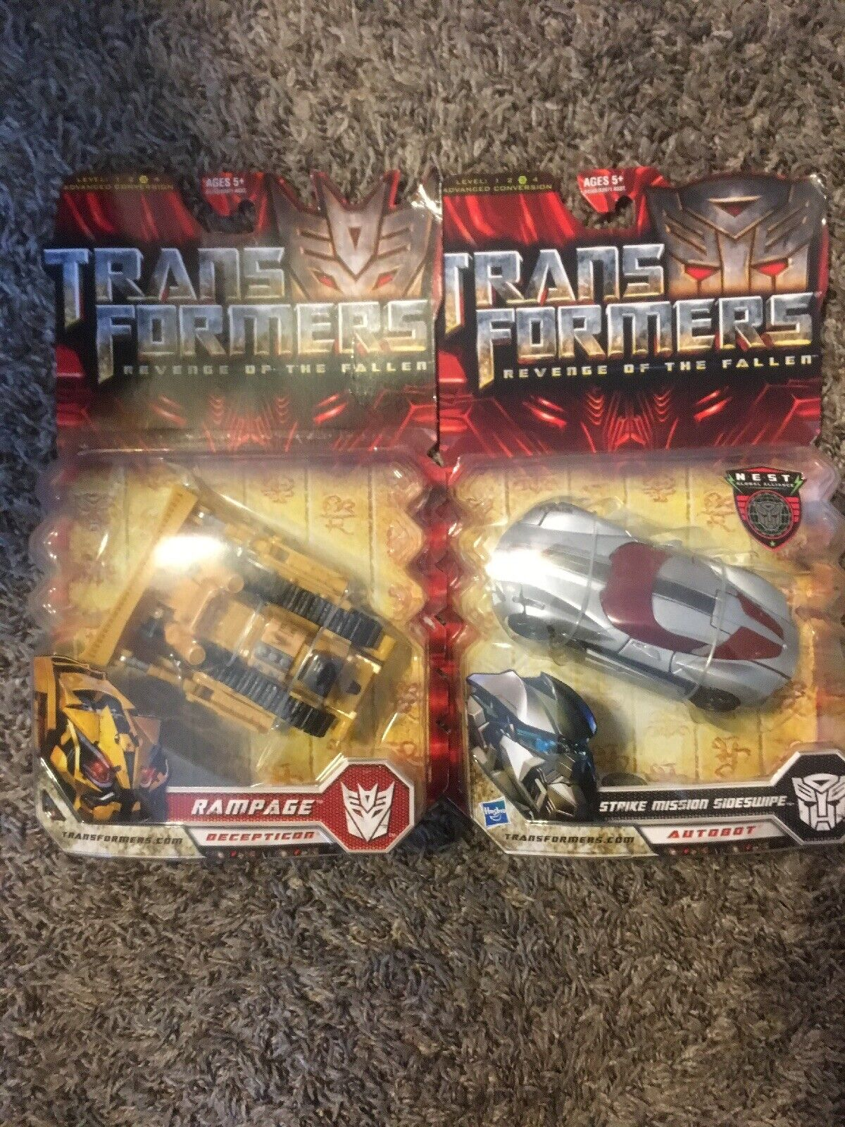 Transformers redF Strike Mission Sideswipe And Rampage Deluxe Class Set Hasbro