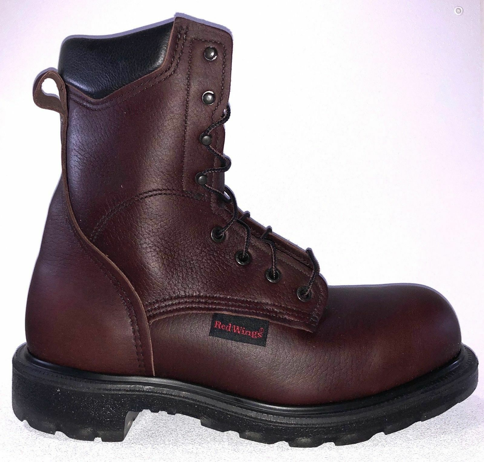 Mens Red Wing 8\
