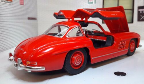 G LGB 1:24 Scale 1954 Mercedes 300SL Very Detailed Welly Diecast Classic Car