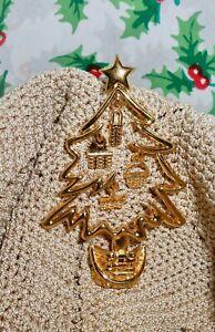 Vintage-Christmas-Tree-Longaberger-Basket-Dangle-Brooch-Pin-C206