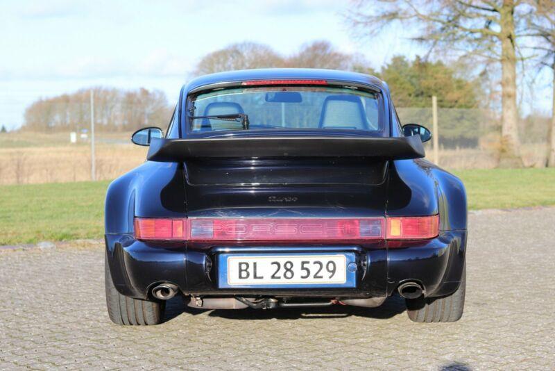 Porsche 911 Turbo - 6