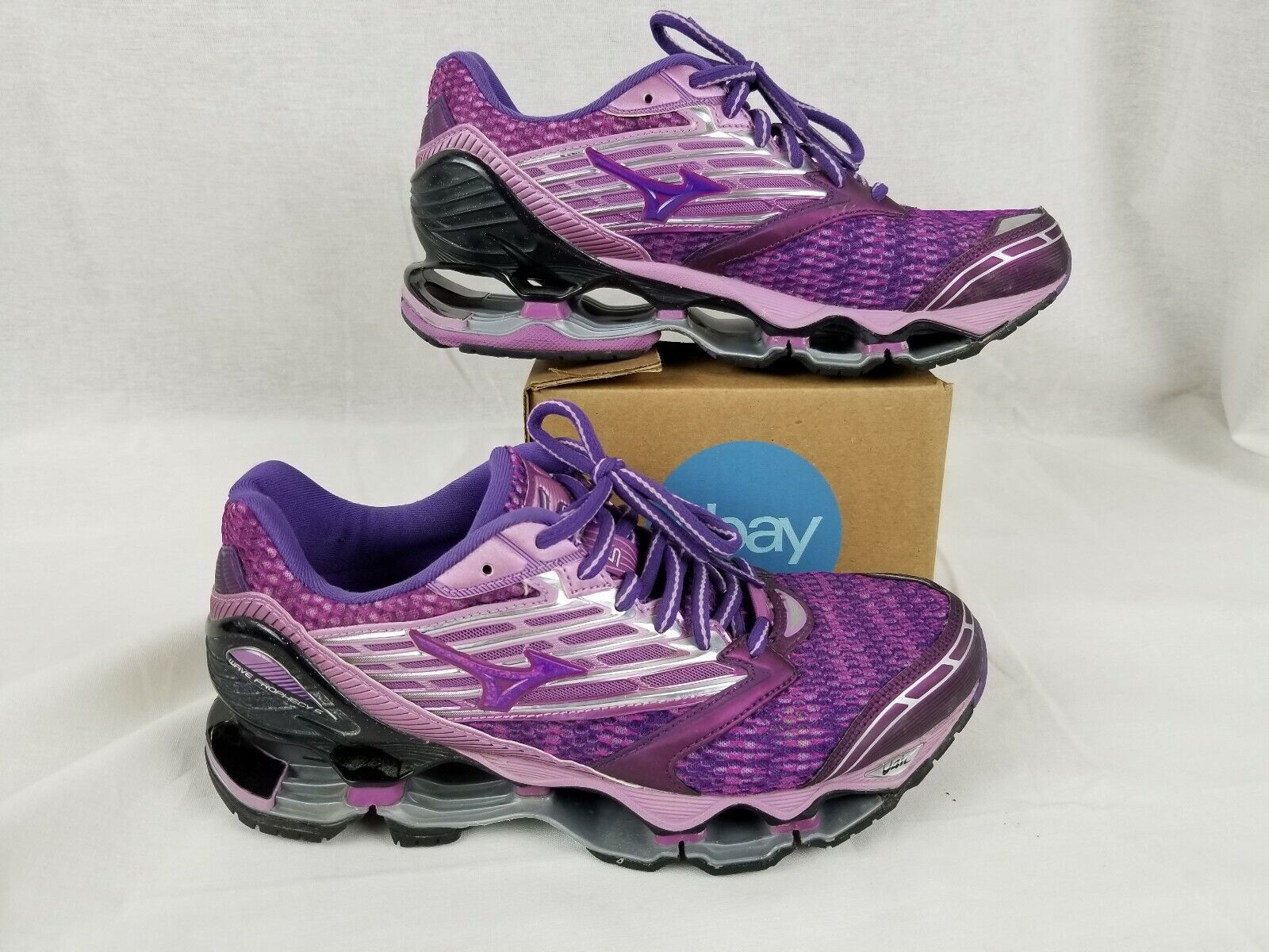 Mizuno Womens Wave Prophecy 5 Running shoes  Hyacinth purple Royal Purple size 8