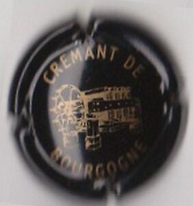 capsule-mousseux-CREMANT-de-BOURGOGNE-noir-et-or