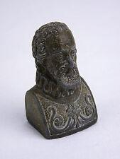 Très ancien buste en plomb représentant Henry IV roi de France et de Navarre