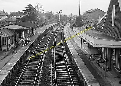 Redbridge Lyndhurst Road Southampton Area. Totton Railway Station Photo 3