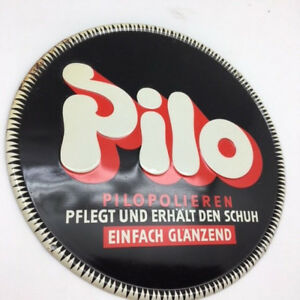 PILO-altes-gepraegtes-Blechschild-Schuhepflege-noch-im-Original-Papier-D-um-1930