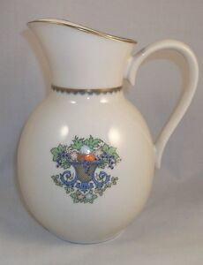 Lenox-AUTUMN-Pitcher-Gold-backstamp-8-034-height-40-ounce-GREAT-CONDITION