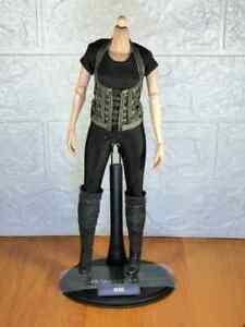 Hot-Toys-1-6-scale-MMS139-Resident-Evil-Bio-Hazard-Alice-Body-Clothes-Set-figure