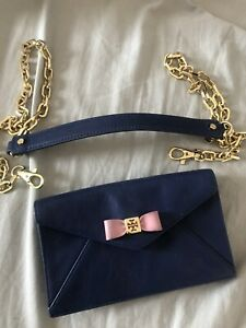 Tory-Burch-Small-Purse-With-Detachable-Strap