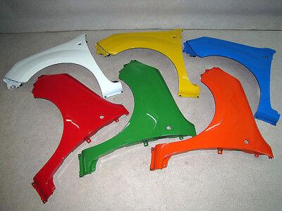 Kotflügel Fender vorne links Blinkerloch Ranault Kangoo II Bj 04.03-07.07 RMF