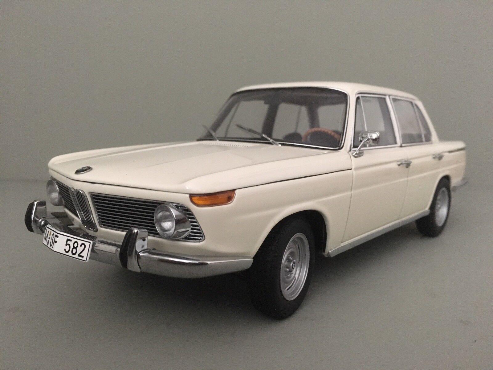 BMW NUOVA CLASSE 1800. 1962 - 1977. AUTO ART 1 18
