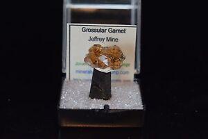HESONITE-Grossular-Garnet-Mineral-Specimen-Crystal-Jeffrey-Mine-Asbestos-Quebec
