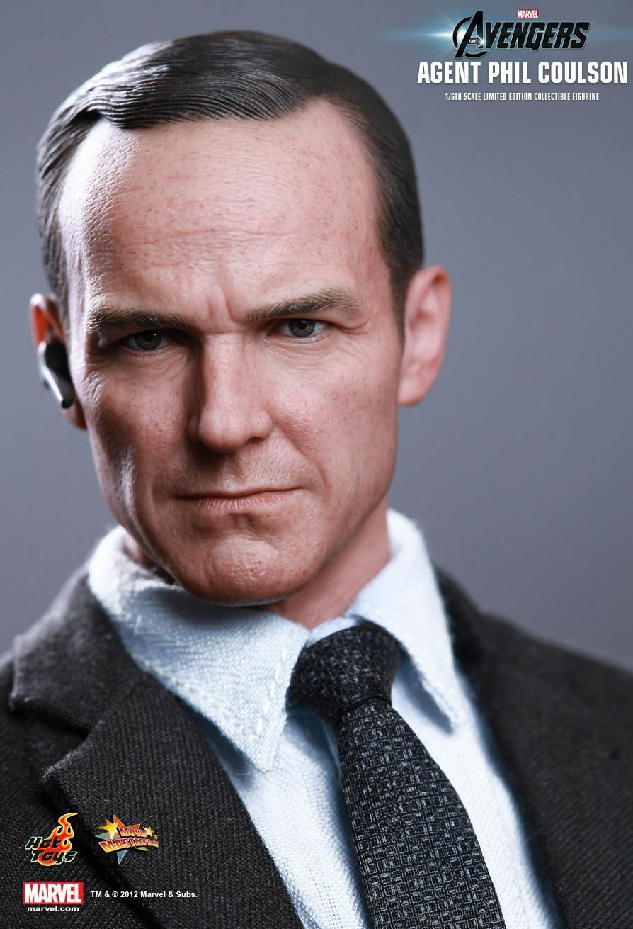 HOT TOYS_The Avengers Collection__Agent Collection__Agent Collection__Agent PHIL COULSON 12   Limited Edition figure 7490ba