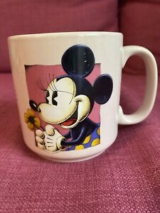 Disney Store Minnie Mouse Coffee Cup Mug - Pink- Vintage- Preowned