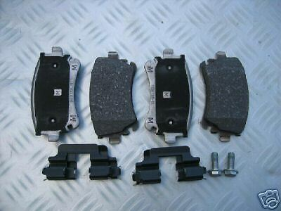 Bremsklötze für den Audi RS4 quattro RS 4  B7 RS 4 8E0698451P 324x22mm