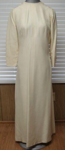 Vintage Lined Button Back Sleeve Elegant Formal Br