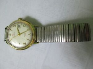 Vintage Helbros Men's manual winding watch FHF 96-4 date France made 1970s