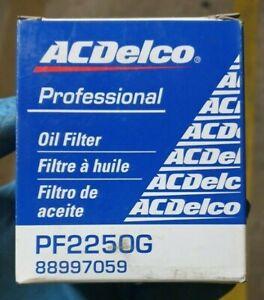 ACDELCO PF2250G OIL FILTER! NIB! CH8712 P7338 84021 P837