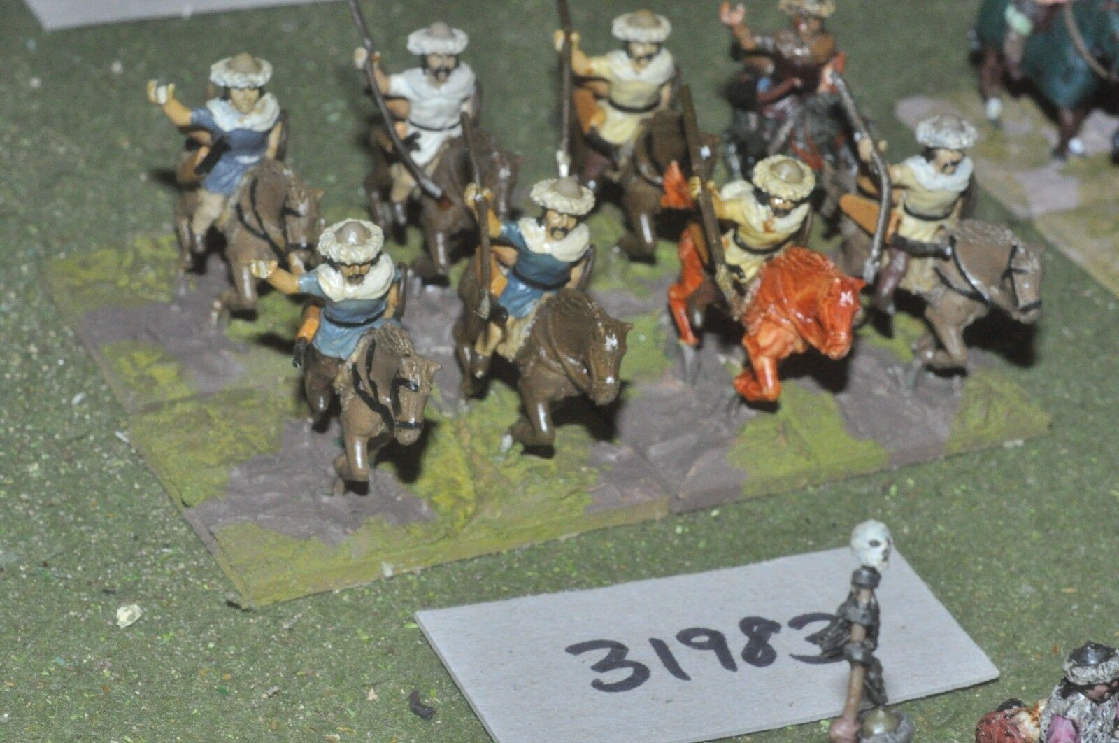 25mm roman era   hun - light 8 figures - cav (31983)