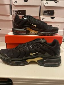 Details about Nike Air Max Plus TN Black Metallic Gold [852630-022]