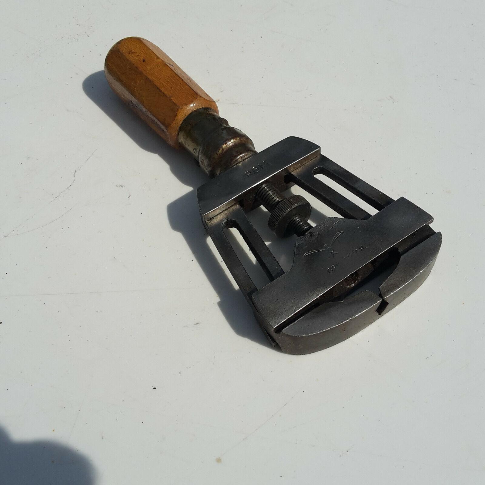 Bild 1 - Altes Werkzeug gemarkt Zweck und Funktion unbekannt ??