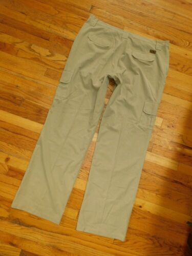 WOLF WEAR GREAT WOLF LODGE CARGO PANTS MEN'S SIZE