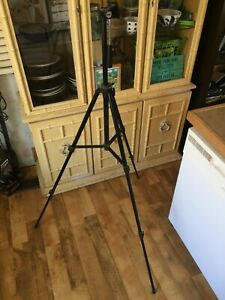 Photography-Camera-Tripod