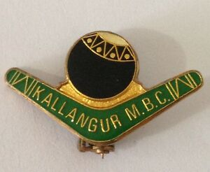 Kallangur-Memorial-Bowling-Club-Pin-Badge-Boomerang-Vintage-Lawn-Bowls-L36