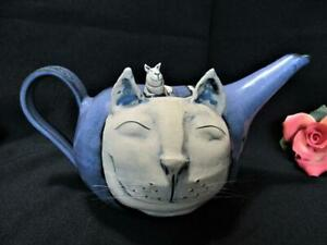 UNIQUE QUIRKY UNUSAL HAND MADE CAT WITH WHISKERS TEAPOT CLAY POTTERY KT7276