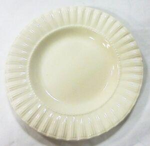 thomson-pottery-white-plates-set-of-4-kitchen-wear
